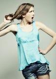 Πρότυπο μόδας με τη σγουρή τρίχα Στοκ Φωτογραφίες