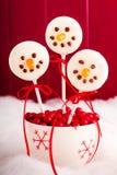 Снеговики и шипучки торта северного оленя Стоковые Фотографии RF