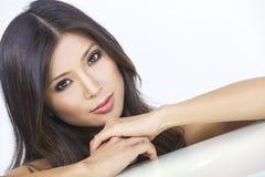 画象美丽的年轻亚裔中国妇女 库存图片