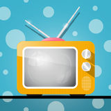 减速火箭的橙色电视,电视例证 免版税库存照片