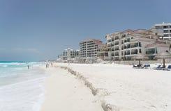 海滩坎昆墨西哥 免版税库存照片