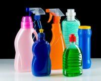 干净的房子的清洁产品塑胶容器 图库摄影