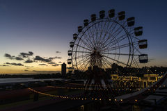 在日落的弗累斯大转轮 免版税库存图片