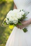白色婚礼花束特写镜头 库存图片
