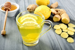 姜和柠檬茶 库存照片
