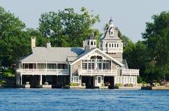 Дом или коттедж около залива Александрии Стоковое Изображение RF
