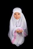 Νέο μουσουλμανικό κορίτσι που λέει μια προσευχή ΙΙΙ Στοκ εικόνα με δικαίωμα ελεύθερης χρήσης