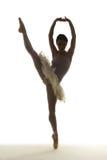 剪影跳芭蕾舞者 库存照片