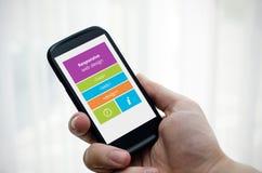 Отзывчивый веб-дизайн на мобильном телефоне Стоковое Изображение RF