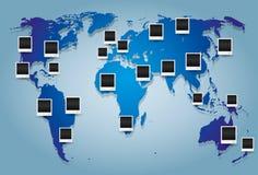 世界地图和照片框架 库存图片