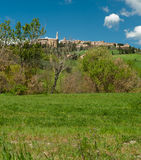 Городок вершины холма, Тоскана Стоковые Фотографии RF
