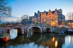 Заход солнца в Амстердаме, Нидерландах Стоковая Фотография RF