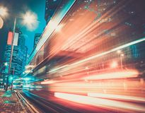 现代城市在晚上 免版税库存图片