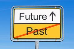 Σημάδι που δείχνει το μέλλον Στοκ φωτογραφία με δικαίωμα ελεύθερης χρήσης