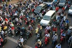 亚洲市惊人的交通  免版税库存照片