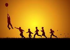 Μπαλόνι και παιδιά Στοκ φωτογραφία με δικαίωμα ελεύθερης χρήσης