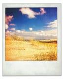 Στιγμιαία φωτογραφία των αμμόλοφων και του ουρανού Στοκ Εικόνα