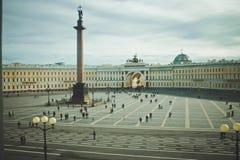 宫殿正方形 彼得斯堡圣徒 图库摄影