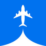 Μπλε υπόβαθρο ουρανού σύννεφων μυγών αέρα πτήσης αεροπλάνων Στοκ Φωτογραφίες