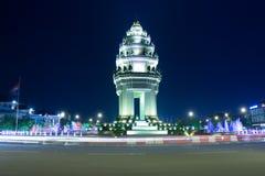 独立纪念碑在金边,柬埔寨 库存图片