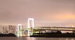 在夜光的桥梁 图库摄影