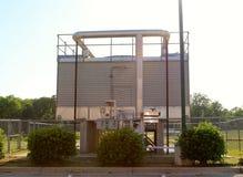 铝色的柴油发动的发电器 免版税库存照片