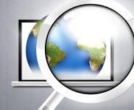 玻璃计算机地球 免版税图库摄影
