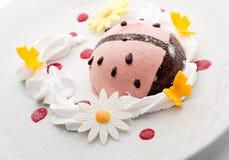 莓果奶油甜点 免版税图库摄影