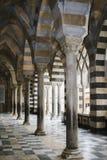 安得烈的大教堂门廓在阿马飞,意大利 免版税库存图片