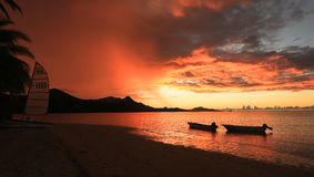 Пляж захода солнца Стоковое Изображение