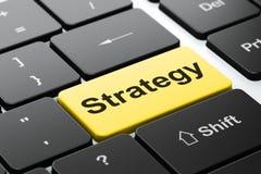 Επιχειρησιακή έννοια: Στρατηγική στο πληκτρολόγιο υπολογιστών Στοκ Εικόνες
