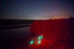 钓鱼在晚上 免版税库存照片