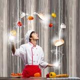 Μάγειρας στην κουζίνα Στοκ Εικόνες