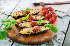 被烘烤的茄子用乳酪肉 免版税库存照片