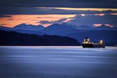 夜间颜色在不列颠哥伦比亚省 免版税库存照片