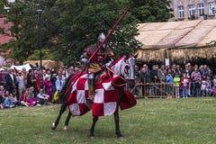реконструкция рыцарей празднества сражения историческая Стоковые Изображения RF