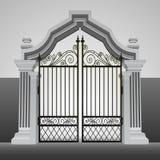 有铁篱芭传染媒介的巴洛克式的入口门 图库摄影