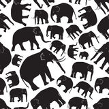 黑大象无缝的样式 免版税库存照片