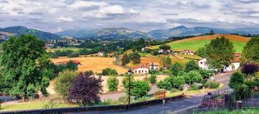 典型的风景支付巴斯克语,法国 免版税库存图片
