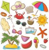 夏天海滩被设置的休息象 库存照片