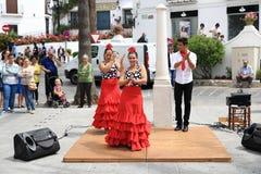 佛拉明柯舞曲舞蹈家在米哈斯,马拉加,西班牙镇  库存照片