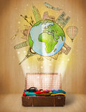 Багаж с принципиальной схемой иллюстрации перемещения по всему миру Стоковые Фотографии RF