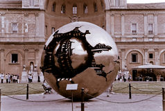 Сфера внутри сфера, музей Ватикана Стоковая Фотография RF