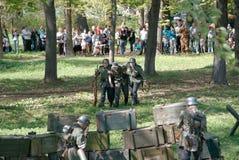 战士受伤 库存图片