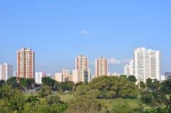 新加坡公共住房(建屋发展局舱内甲板)在东部的句容 库存照片