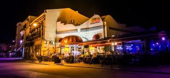 Εστιατόριο τη νύχτα Στοκ εικόνα με δικαίωμα ελεύθερης χρήσης