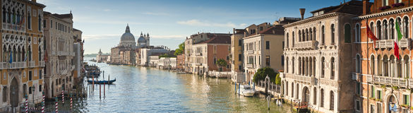 圣玛丽亚德拉致敬,大运河,威尼斯 免版税图库摄影