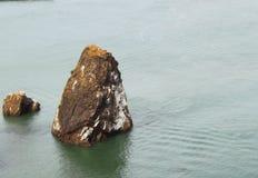 Утесы в воде Стоковая Фотография