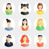 Όμορφα νέα πρόσωπα γυναικών στο επίπεδο ύφος Στοκ Εικόνες