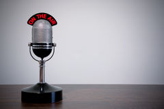 микрофон стола ретро Стоковые Изображения RF